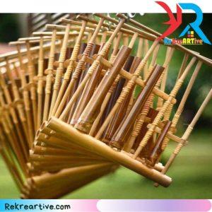 angklung alat musik dari bambu