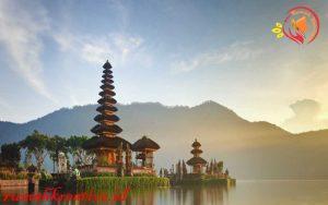 Desain arsitektur Bali Dengan alam